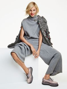 Anja Rubik by Patrick Demarchelier for Vogue China Collections December 2014 9
