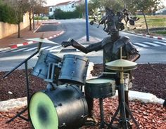 Sculpture in the Israeli town of Sderot,  made by Israelis from the metal of the rockets  launched to attack their town in Israel