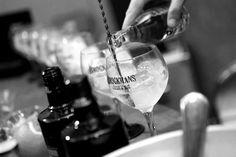 Gin Master Class - Barcelona Brockmans Gin, Gin Festival, Premium Gin, Cata, Master Class, Red Wine, Alcoholic Drinks, Coffee Maker, Chin Chin