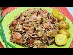 como hacer arroz chino casero con carnes y camarones - Arroz chino casero fácil de hacer - YouTube Comida Latina, Potato Salad, Stuffed Mushrooms, Food And Drink, Rice, Meat, Chicken, Vegetables, Cooking