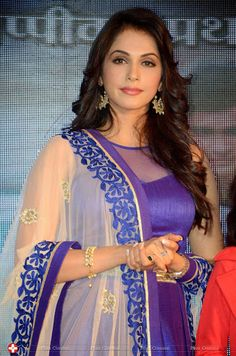 South Indian Actress Hot, Most Beautiful Indian Actress, Fashion Photography Poses, India Beauty, Bollywood Actress, Indian Actresses, Beauty Women, Saree, Female