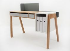 Capa desk by Reinhard Dienes for Foundry