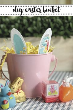 Make an adorable and affordable Easter Bucket with the FREE SVG from Everyday Party Magazine. #Easter #SVG #DIYEasterBasket
