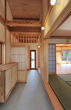 reference for Woodworking : Japanese interior Japanese Style House, Traditional Japanese House, Japanese Interior Design, Japanese Design, Home Interior Design, Asian Architecture, Interior Architecture, Pavilion Architecture, Sustainable Architecture