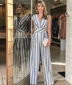 Sexy Jumpsuits and Rompers For Club, Evening Cocktail Party Page casual blue and white striped jumpsuit. Jumpsuit Outfit, Dress Outfits, Casual Dresses, Casual Outfits, Hijab Fashion, Fashion Dresses, Feather Dress, Striped Jumpsuit, Printed Jumpsuit