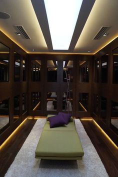 Casa Misión: Vestidores y closets de estilo Moderno por Metrik Studio