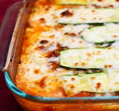 This zucchini lasagna is a delicious vegetarian and gluten free meal with zucchini instead of noodles and a delicious hearty sauce and lots of cheese! Lightly grill zucchini first. Vegetable Recipes, Vegetarian Recipes, Cooking Recipes, Healthy Recipes, Lasagna Recipes, Vegetarian Zucchini Lasagna, Healthy Zucchini, Zucchini Lasagna Recipe Easy, Lasagna With Zucchini Noodles