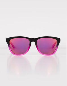 e5973d25b67 Pull Bear - hombre - hawkers x pull bear - gafas de sol hawkers fusion  nebula - varios · SunglassesWoman ClothingLensesKeychainsOver ...
