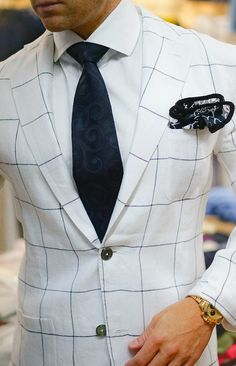Check out this awesome handmade #sebastiancruzcouture pocket square. Be Bold.