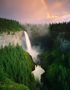 vacation travel photos - Helmcken Falls, British Columbia, Canada
