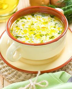 Supa taraneasca de oua | MAGGI Egg Recipes, Soup Recipes, Cooking Recipes, Healthy Recipes, Romania Food, Maggi, Hungarian Recipes, Home Food, Mediterranean Recipes