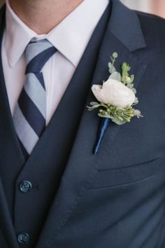 Real Weddings - The Groomsman Suit #weddings #suit Charcoal Gray Suit, Dark Gray Suit, Navy Tux, Groomsmen Suits, Bridezilla, Floral Crown, Flower Bouquet Wedding, Budget Wedding, Wedding Suits