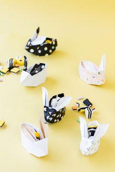 DIY des idées pour emballer vos cadeaux de Pâques. Lapin en origami. Mademoiselle Claudine