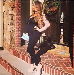 Jessie James Decker pregnancy style