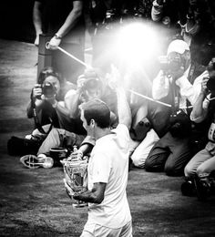 """perfecttennis: """"Really cool image of Fed from the Wimbledon final taken by robertolarcos """""""