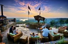 Missouri restaurants - You won't believe how amazing the views from these restaurants are.