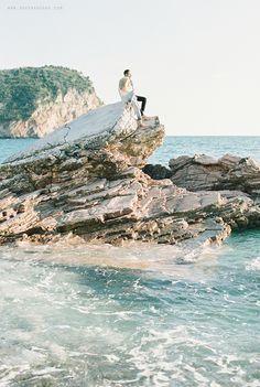find more on the blog http://sonyakhegay.com/tanya-egor/ #couple #travel #beach #spring #engagement #lifestyle #love