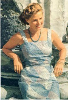 Ingrid Bergman  Ec0c52974105f3b1c6eae02357343823--ingrid-bergman-hollywood