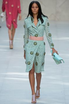 Burberry Prorsum Spring 2014 RTW - Runway Photos - Fashion Week - Runway, Fashion Shows and Collections - Vogue Fashion Week, Look Fashion, Runway Fashion, Spring Fashion, High Fashion, Fashion Show, Womens Fashion, Fashion Design, Fashion Trends