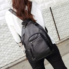 2017 new wild female models ladies mini leisure backpack college style solid color free shipping big capicity travelling school