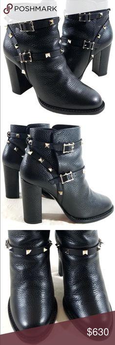 Valentino rock stud booties Black leather Valentino rock stud booties Valentino Shoes Ankle Boots & Booties