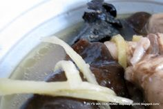 Lily's Wai Sek Hong: Chicken And Wood Ear Fungus Wine Soup