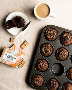 Choc Muffins, Plant Based Snacks, Caramel, Heaven, Vegetarian, Banana, Yummy Food, Eat, Recipes