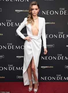 She's got some front! Model Abbey Leeshowed off both her style credentials and her gorgeous figure at the New York premiere of The Neon Demon, on Wednesday
