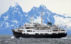 MS Lofoten på sør gjennom Sortlandsundet med kurs for Stokmarknes og deretter Lofoten. foto: Trond Gansmoe Johnsen