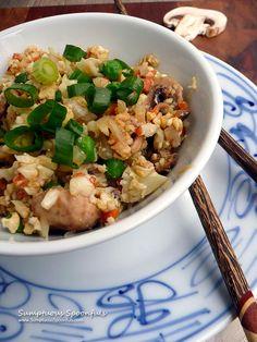 Mushroom Cauliflower Fried Rice ~ Sumptuous Spoonfuls #healthy #cauliflower #friedrice #recipe