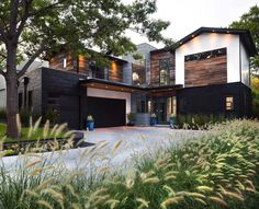[EVERYTHING...SANS ALL THE ARTWORK...] - Urban contemporary home with an industrial twist in Dallas