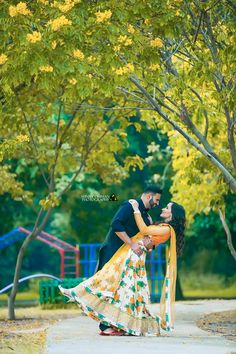 Pre Wedding Shoot Ideas, Pre Wedding Poses, Pre Wedding Photoshoot, Indian Wedding Couple Photography, Couple Photography Poses, Wedding Couple Pictures, Wedding Stills, Couple Photoshoot Poses, Studio