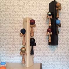 The Dama Tree House Plant is a table top model that holds six kendamas. Home Projects, Wooden Toys, House Plants, A Table, Wine Rack, Gifts For Kids, Easter Ideas, Cool Stuff, Logan