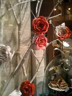 Paper Art Sculptures  -  Bergdrof Goodman, Christmas Window Displays
