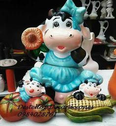 Creative Inspiration, Farm Animals, Pottery, Ceramics, Christmas Ornaments, Cows, Holiday Decor, Vintage, Kitchen