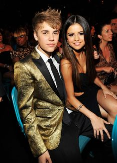 Justin Bieber and Selena Gomez pose during the 2011 Billboard Music Awards at the MGM Grand Garden Arena May 22, 2011 in Las Vegas, Nevada. (Photo by Kevin Mazur/WireImage)
