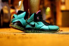 Con Aranzamendez Nike Air Lebron VIII South Beach 540x365
