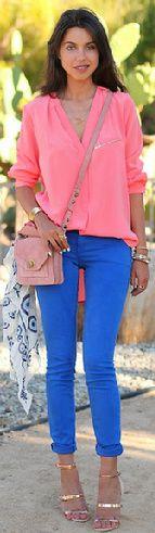 calça azul, perfeita