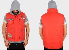 vest 65,00€ Loose Shorts, Dark Grey, Canada Goose Jackets, Winter Jackets, Vest, Fashion, Winter Coats, Moda, Winter Vest Outfits