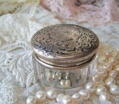 Vintage+Sterling+Silver+Vanity+Jar+Trinket+Box+by+cynthiasattic