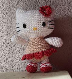 Kitty crochet patron 16 cm de haut fleur par SquarepigCrochet