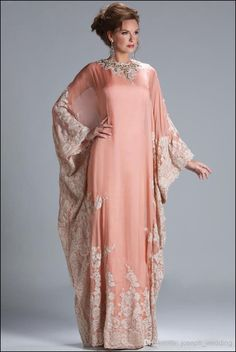 20ffd383698 Elegant Dubai Chiffon Jewel Neckline Sheath Kaftan Evening Dresses with  Lace Appliques