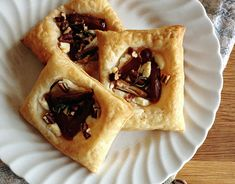 Main Ingredients: CheeseYield: Makes servings Photo and Recipe courtesy of Living the Gourmet Brie Cheese Recipes, Cheesy Recipes, Yummy Appetizers, Delicious Desserts, Puff Pastry Dough, Perfect Pizza, Cheese Tarts, Tart Recipes, Summer Recipes