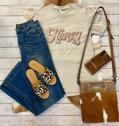 Western Outfits, Kind Words, Fashion Boutique, Mom Jeans, Texas, Turquoise, Pants, Clothes, Style