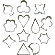 Miniature Cookie Cutter Set (Tin) Tin Gifts, Baking Accessories, Tiny Food, No Bake Cake, Mini Cookie Cutters, Bakeware, Baby Freebies, Miniatures, Kitchenware