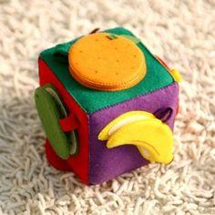 예쁜 우리아가의 과일인지를 위한 놀잇감... 펠트로 만든 과일속보기를 소개합니다. 어느 엄마든 야채나 과...