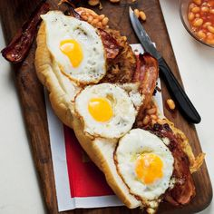 Bacon and egg gatsby - MyKitchen Bacon In The Oven, White Bread, Baked Beans, Avocado Egg, Gatsby, Burgers, Fries, Sandwiches, Eggs