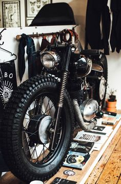 We were in London last week and finally paid Vagabond Tattoo Studio a visit! Nestled on the Hackney Road, they stand for all things badass and share a lot of P