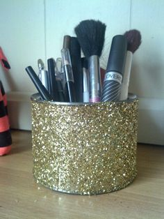 Makeup holder from old Peanut can!