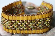Stunning Tila SuperDuo Band Bracelet di ReggiesCreations su Etsy
